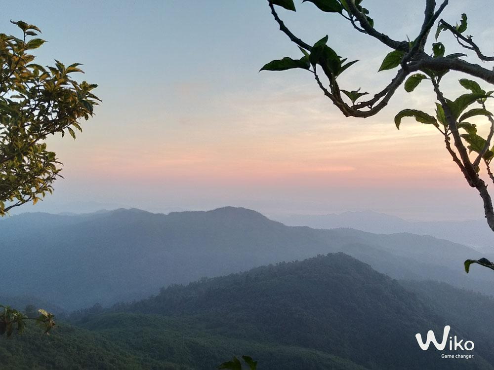 ภาพจาก Wiko View2 Plus