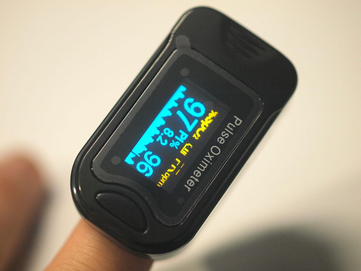 บอกเล่าเครื่องวัดออกซิเจนในกระแสเลือด ผ่านนิ้วมือ Oxymeter Pulsioximetro